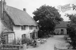The Dog And Duck 1939, West Wittering