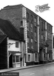 The George And Dragon 1954, West Wycombe