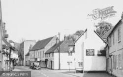 The Swan c.1955, West Wycombe