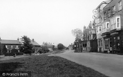 Village 1919, Westcott