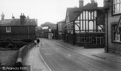 Westerham, High Street c.1960