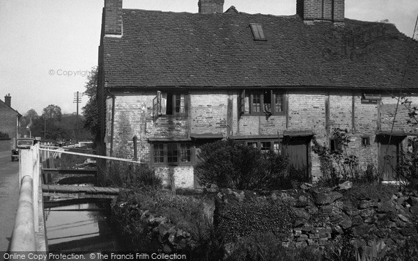 Photo of Westerham, Old Cottage And Stream 1935