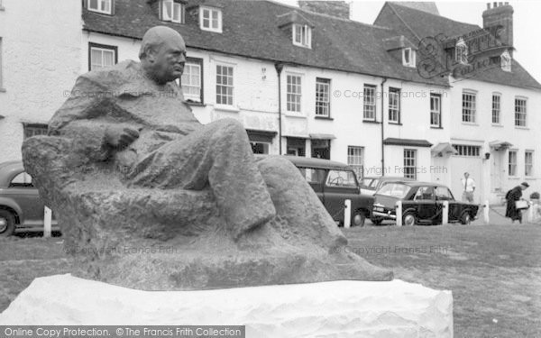 Photo of Westerham, Sir Winston Churchill Statue c.1965