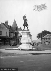 Westerham, The Wolfe Statue c.1955