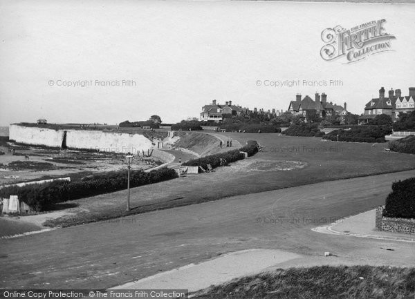 Photo of Westgate On Sea, The Green And West Bay 1918