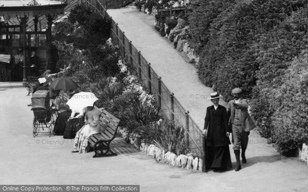 Photo of Weston Super Mare, A Couple 1902