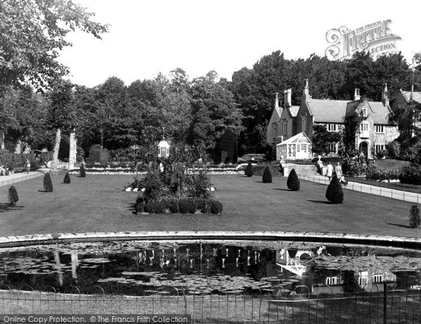 Photo of Weston Super Mare, Central Lawn, Grove Park c.1940