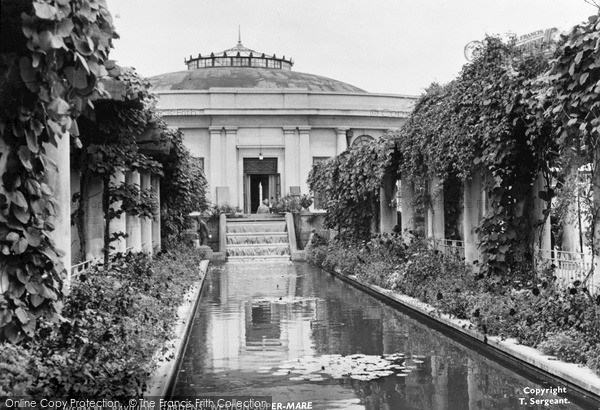 Photo of Weston Super Mare, Pavilion Gardens c.1960