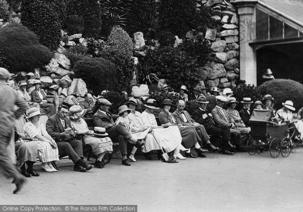 Photo of Weston Super Mare, People Resting, Madeira Cove 1923