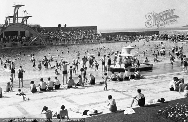 Photo of Weston Super Mare, The Swimming Pool c.1950