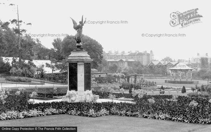 Photo of Weston Super Mare, The War Memorial, Grove Park c.1940