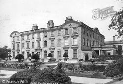 Weston Under Lizard, Weston Hall 1898