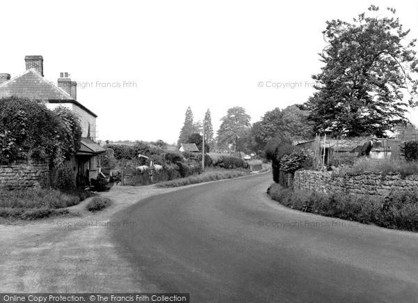 Photo of Weston Under Penyard, Ross Road c.1955