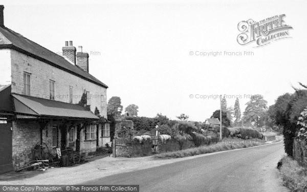 Photo of Weston Under Penyard, The Forge c.1955