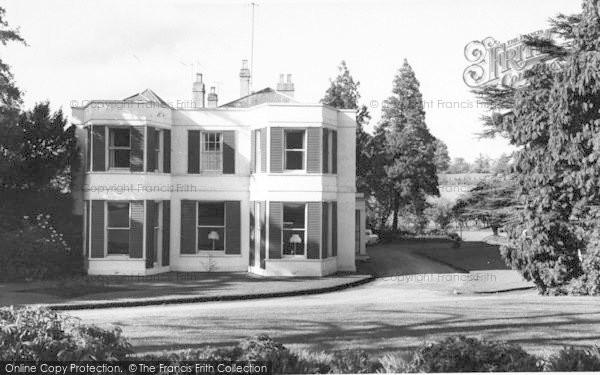 Photo of Weston Under Penyard, The Wye Hotel c.1965