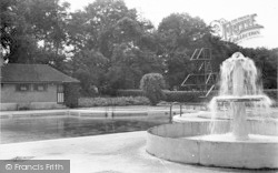 Weston Under Redcastle, Hawkstone Park Hotel, The Swimming Pool c.1950
