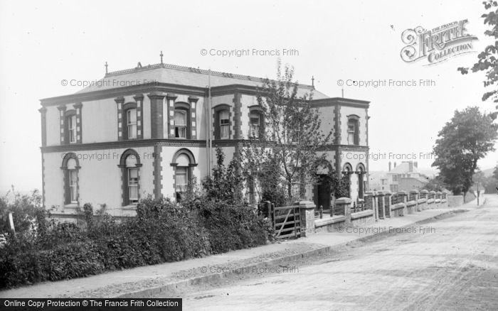 Photo of Westward Ho!, Rose Gill c.1890