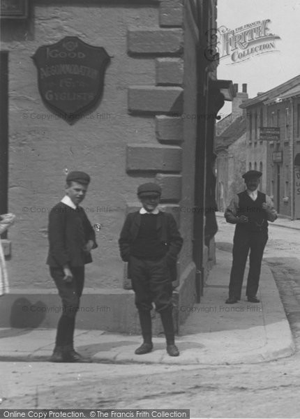Photo of Wetherby, Boys In North Street 1909