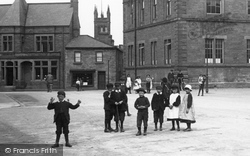 Children In The Market Place 1909, Wetherby