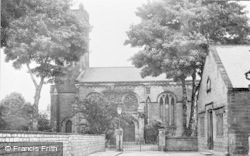 St James' Church c.1955, Wetherby