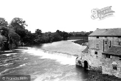 Wetherby, The Weir From The Bridge 1909