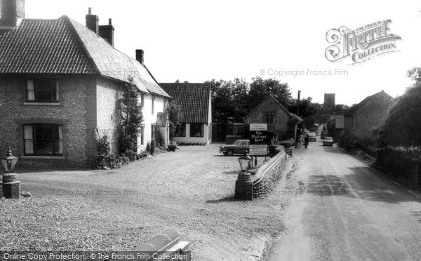 Photo of Weybourne, The Street c.1960