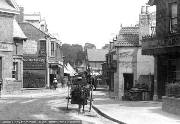 Photo of Weybridge, a Trap in Baker Street 1903, ref. 49902x