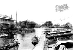 Weybridge, Boat Station 1903