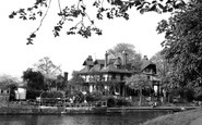 Weybridge, Eyot House Hotel c1955