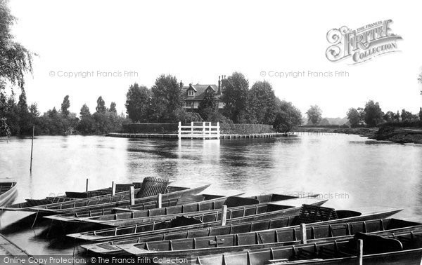 Weybridge, Ferry view River Thames River Wey, photo c1897.  (Neg.40008)  © Copyright The Francis Frith Collection 2008. http://www.francisfrith.com