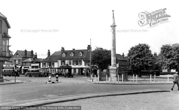 Photo of Weybridge, Monument Green c.1955