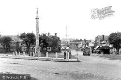 Weybridge, Monument Green c.1955