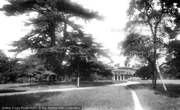 Weybridge, Oatlands Park Hotel 1906.  (Neg. 55655)  © Copyright The Francis Frith Collection 2008. http://www.francisfrith.com