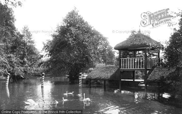 Photo of Weybridge, On The River Wey 1904