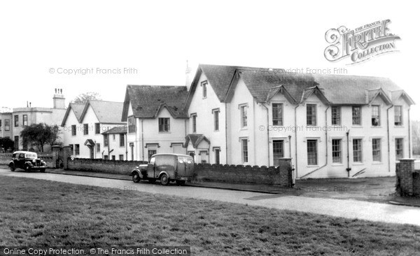 Photo of Weybridge, Prince's House c.1960