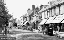 Weybridge, Queen's Road c.1955