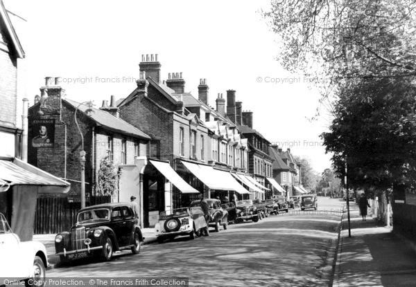 Weybridge, Queens Road c1955.  (Neg. w74026)  © Copyright The Francis Frith Collection 2008. http://www.francisfrith.com