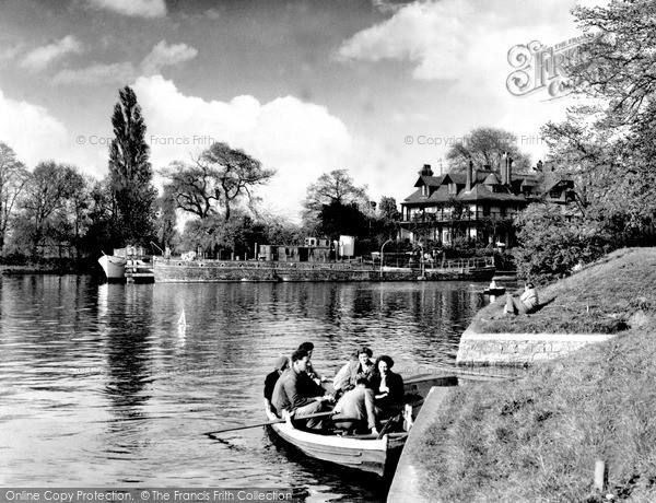 Photo of Weybridge, The Ferry c.1960