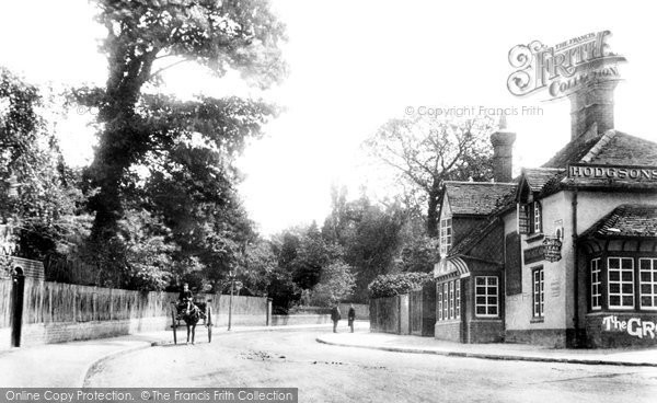Weybridge, Grotto Inn 1906.  (Neg. 55648)  © Copyright The Francis Frith Collection 2008. http://www.francisfrith.com