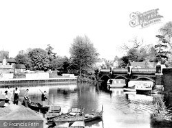 Weybridge, The Old Bridge c.1955