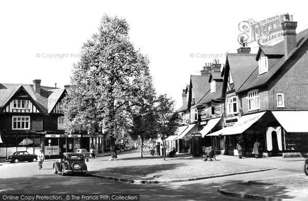 Photo of Weybridge, the Quadrant and Limes Parade c1955