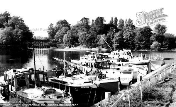 Photo of Weybridge, the River and Weir c1960, ref. w74087