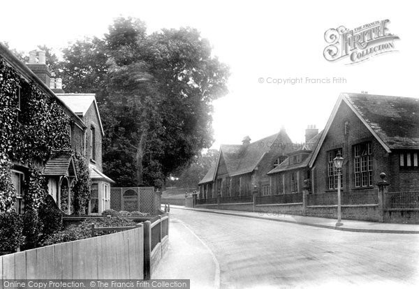 Weybridge, the Schools 1906.  (Neg. 55649)  © Copyright The Francis Frith Collection 2008. http://www.francisfrith.com