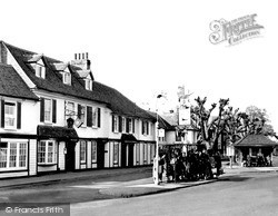 Weybridge, The Ship c.1960