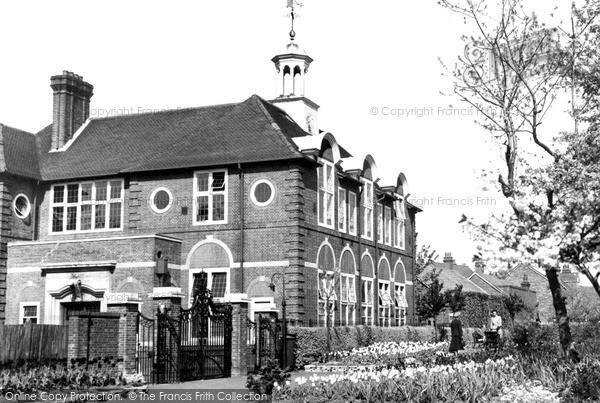 Photo of Weybridge, The Technical Institute c.1955