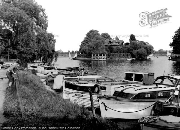 Photo of Weybridge, the Thames from North Bank c1955, ref. w74013