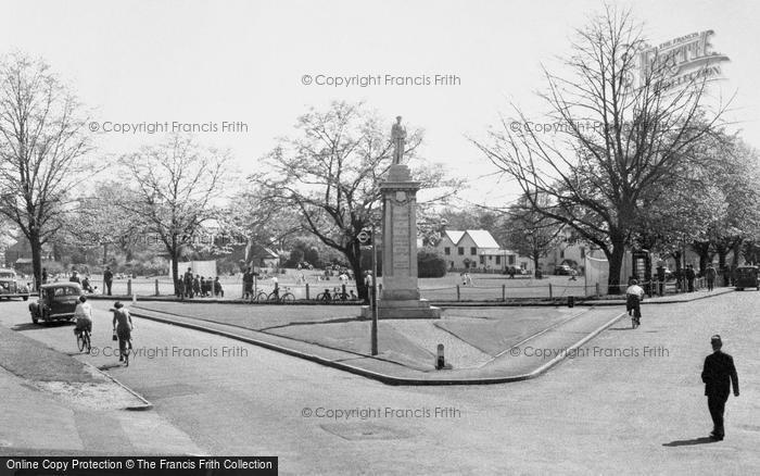 Photo of Weybridge, the War Memorial c1955