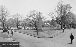 Weybridge, The War Memorial c.1955