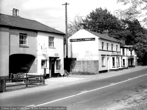 Photo of Weyhill, Star Inn And Post Office Stores c.1950