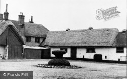 The Stables c.1950, Weyhill